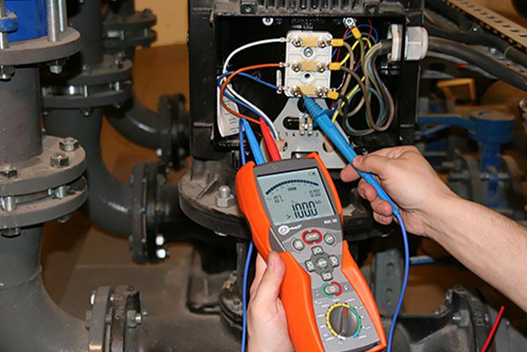 Pomiary urządzeń napędowych