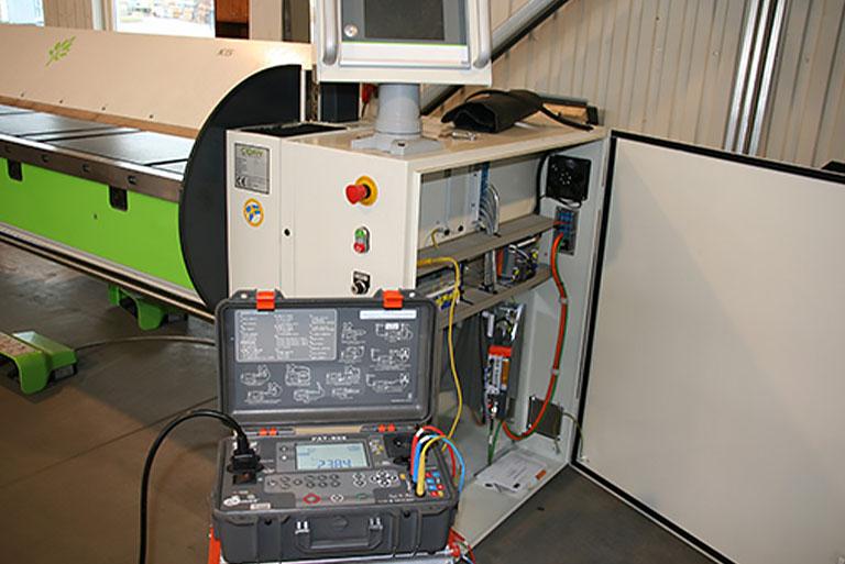 Pomiary ibadania maszyn znapędem elektrycznym